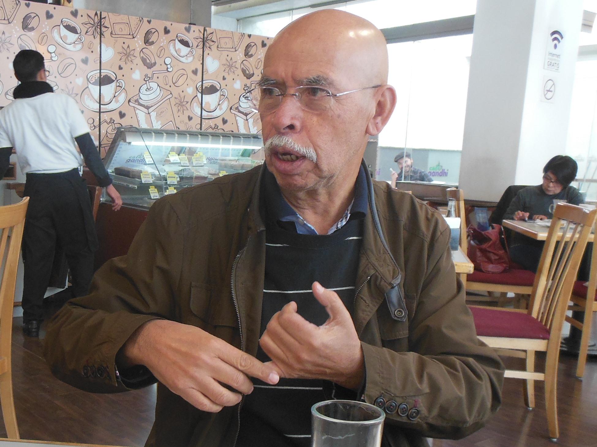 FAL-Gerardo R. Valenzuela